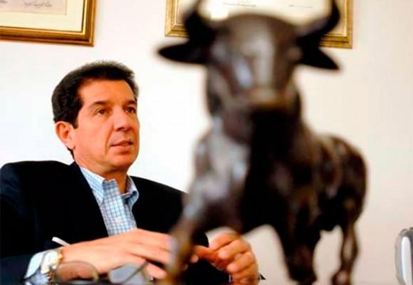 Pepe Lafaurie, el presidente de Fedegán, con la maleta lista para viajar a La Habana