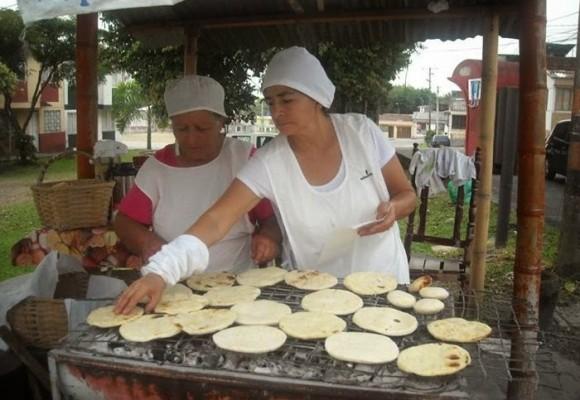 Las arepas: una alternativa de progreso para las mujeres desplazadas