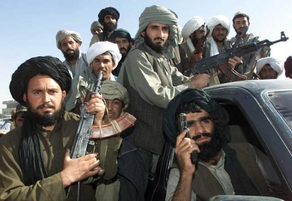 Los talibanes entran en Kabul y el presidente Ghani abandona la ciudad