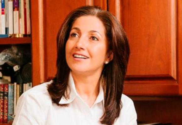 La vicepresidente del Partido Conservador, Ángela Ospina, se quedó con los crespos hechos