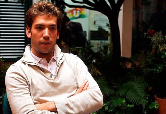 El trino de Martín Santos para defender a Uribe