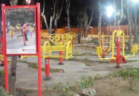 Los nuevos parques que nadie usa, ni usará, en Bucaramanga