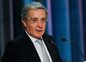 Académicos de Princeton protestan por presentación de Álvaro Uribe en la U