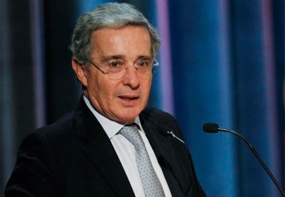 La identificación del pueblo colombiano con Álvaro Uribe Vélez