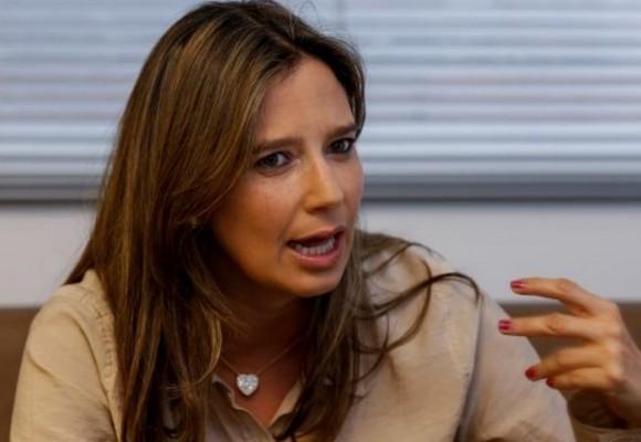 ¿Por qué Cristina Plazas debe renunciar al ICBF?