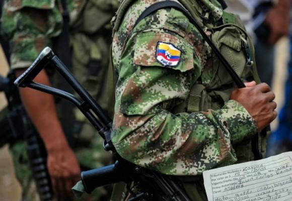 El viacrucis de una mujer extorsionada por las FARC