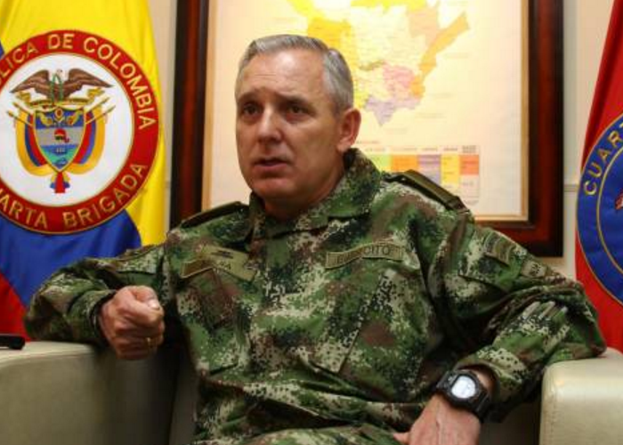Réplica del General Alberto Mejía a columna de Iván Gallo