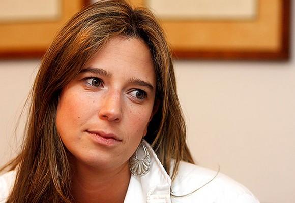 Cristina Plazas no se va del Bienestar Familiar