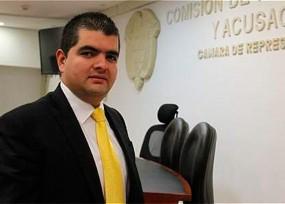 El presidente de la Comisión de Acusaciones con cuota femenina en la gobernación de Luis Pérez