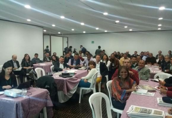 Masiva asistencia a taller periodístico de Las 2Orillas en Pasto