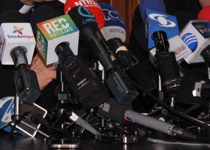 El deber ser del periodista ¿Informar, criticar, vender o juzgar?