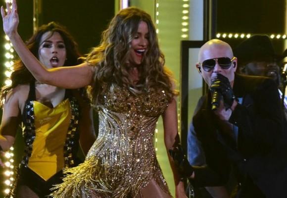 Pitbull, Sofía Vergara y El Taxi: la vergüenza latina de los premios Grammy