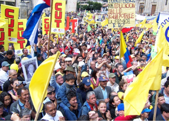 La Paz: un contrato de prestación de servicios