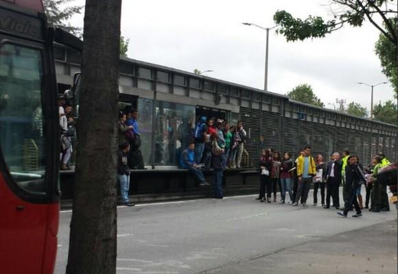 Nuevos bloqueos en Transmilenio, esta vez sobre la Calle 80