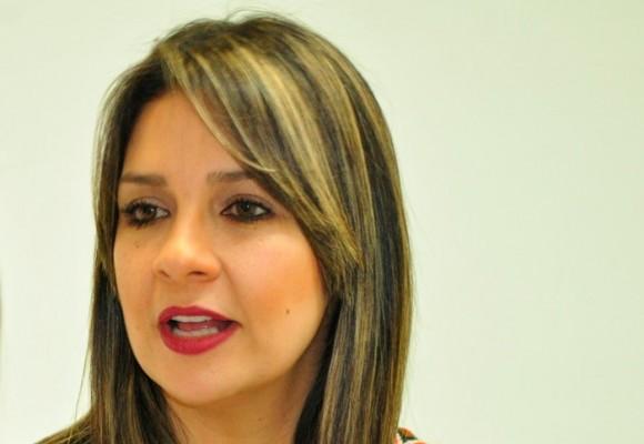 Vicky Dávila sí es una verdadera periodista
