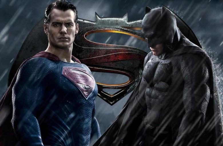Batman vs Superman: cine paramilitar