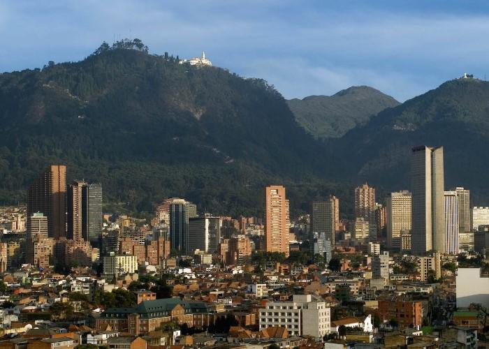 Bogotá ese hueco del que salimos