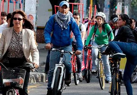 Ciclistas ¡sin control! en Bogotá