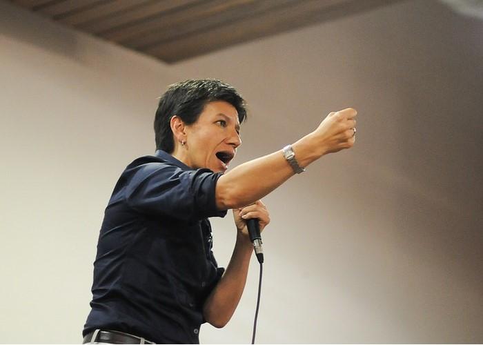 Los descaches de la senadora Claudia López