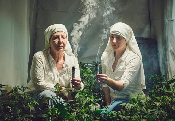 Las monjas que cambiaron los rezos por la marihuana