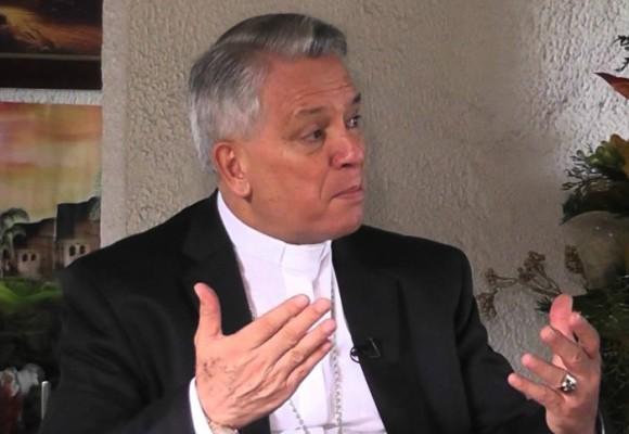 El obispo rebelde que habla duro desde el púlpito