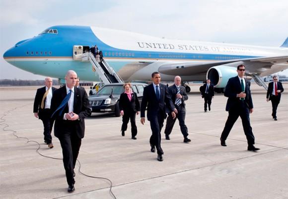 Las maravillas del avión en el que llegó Obama a Argentina