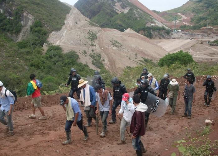 La Paz se construye en los territorios con procesos sociales