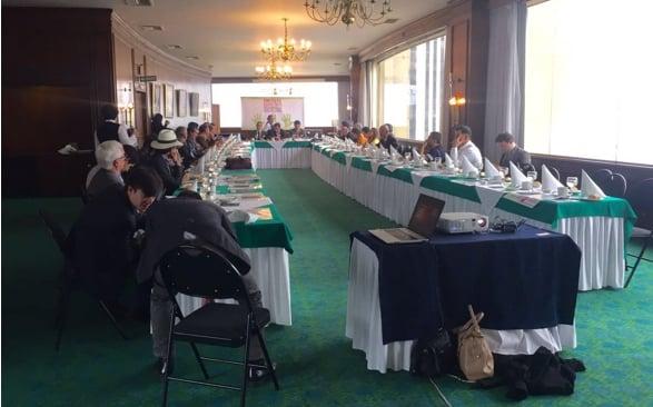 En una primera reunión en el Club de ejecutivos en el Centro de Bogotá se diseñaron estrategias para impedir la venta de Ecopetrol