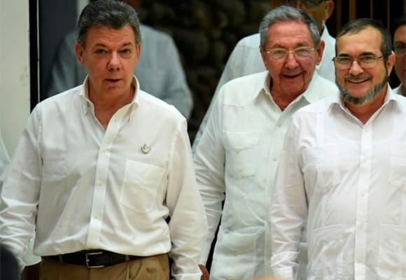 La promesa incumplida de Santos y Timochenko