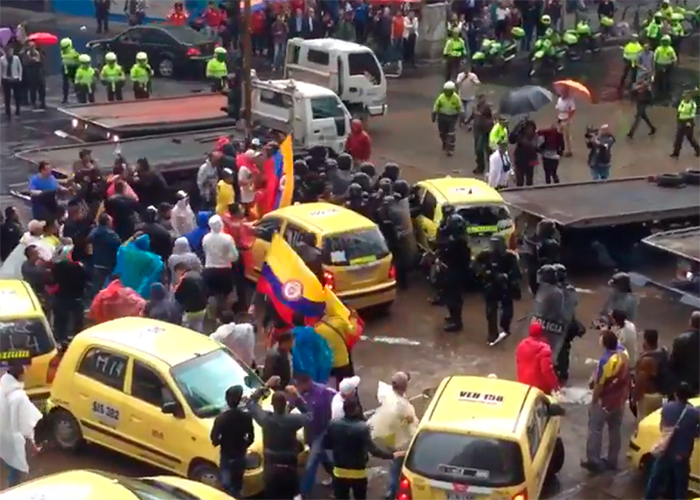 ESMAD vs Taxistas: batalla en el centro de Bogotá