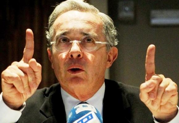 Álvaro Uribe: una influencia de temer