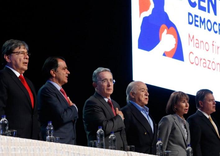 El falso apoyo del Centro Democrático a los diálogos de Paz