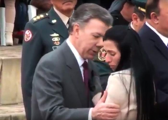 Alexandra Alzate, la mujer que le hizo el feo a un beso del presidente Santos. Video