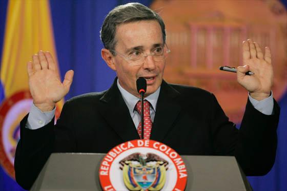 El Presidente Álvaro Uribe tampoco puede lavarse las manos del rumbo fallido que tomo el litigio con Nicaragua