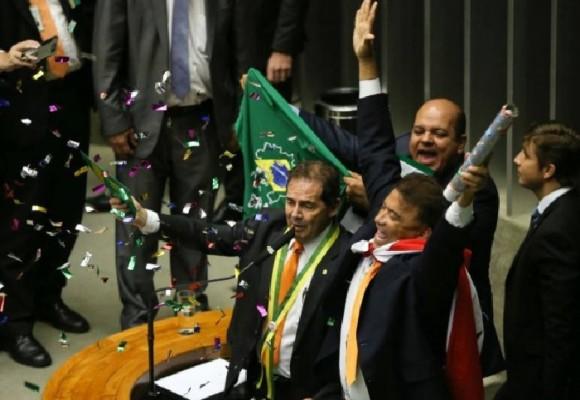 Los brasileros ante el espejo