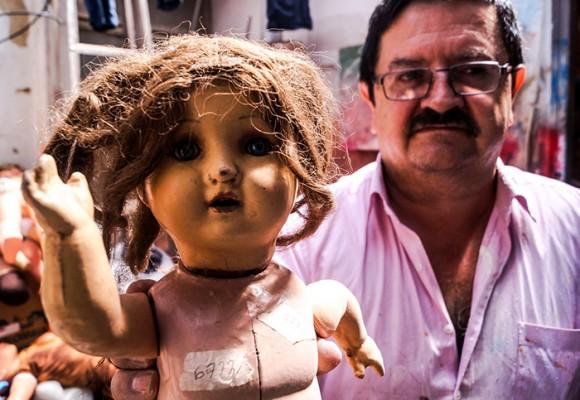 El cirujano de los juguetes de Bogotá