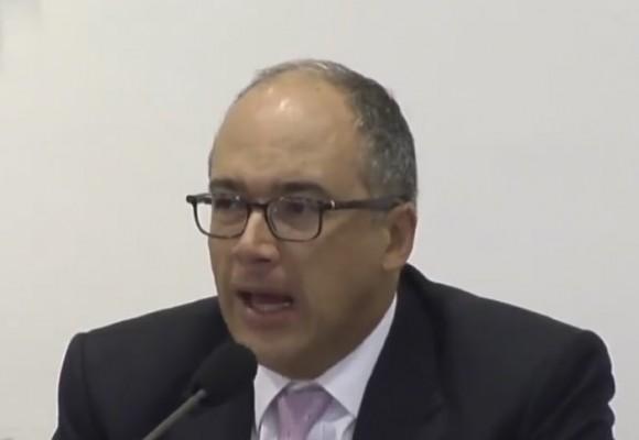 """""""Los argumentos de Juan Carlos Echeverry son despóticos, simplistas y reduccionistas"""""""