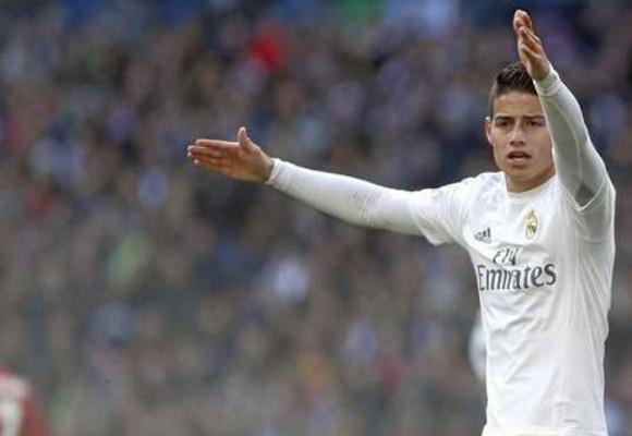 Aunque James no es titular, la Liga Española está que arde