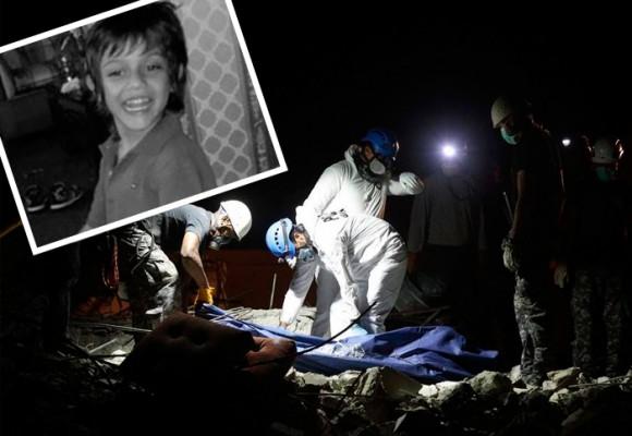 El niño colombiano sepultado por el terremoto estaba abrazado a su padre