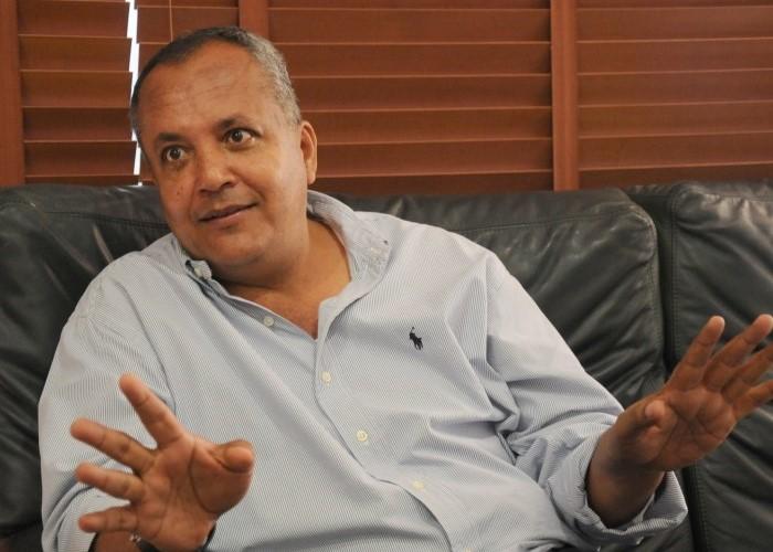 Óscar Barreto, el gobernador uribista que apoya la Paz