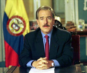 En el 2001, durante el gobierno de Andrés Pastrana, Colombia fue demandada formalmente por Nicaragua en La Haya.