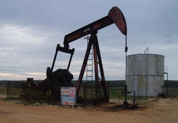 20 familias sin vivienda por exploración petrolera