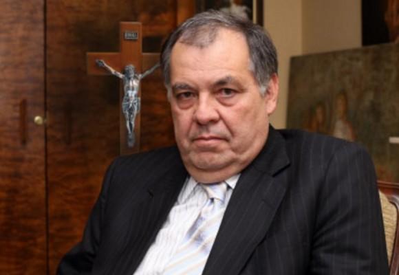 La Iglesia y el procurador: enemigos del progreso en Colombia