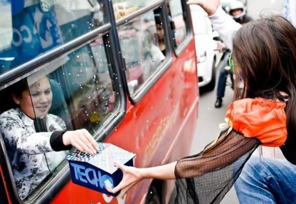 Jóvenes colombianos se movilizan para superar la pobreza