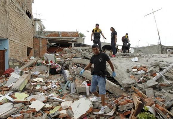 El costo del terremoto en Ecuador Vs. el costo de la corrupción en Colombia