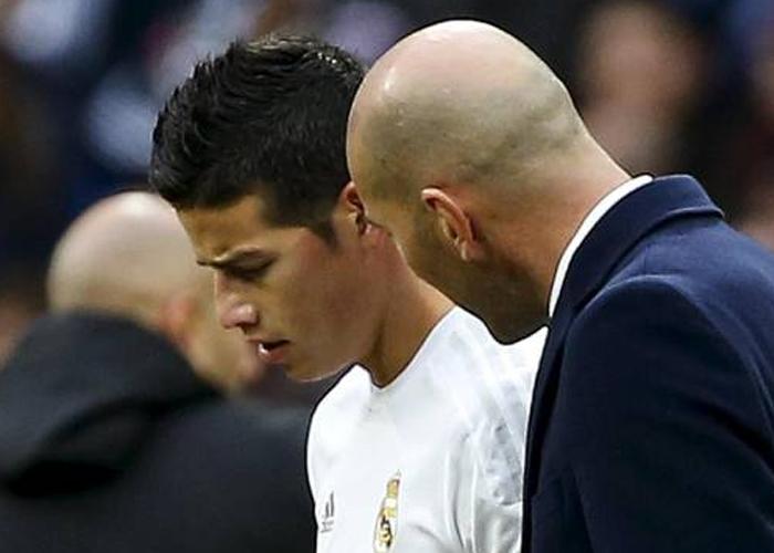 Zidane le tiene envidia a James