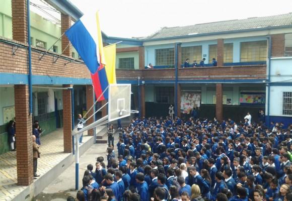 Otro colegio que estalla contra la mala administración de Peñalosa