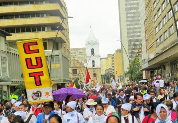 En Colombia no hay garantías para la paz