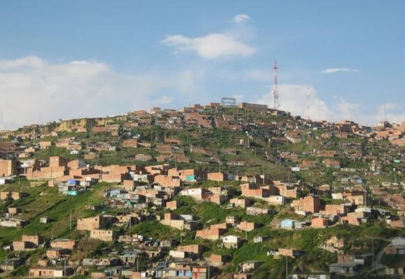 230 mil habitantes de Bogotá viven en la informalidad