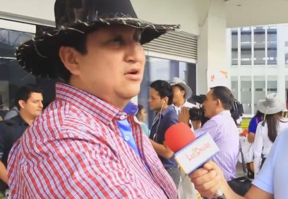 """""""Gano muy poquitico, apenas $7 millones"""": 'John Calzones', alcalde de Yopal"""